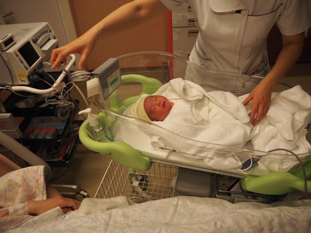 出産直後の娘