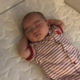 生後4ヶ月のスケジュールと1日の過ごし方!授乳間隔や睡眠時間の変化について